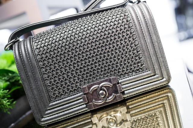 wpid Chanel Metiers dArt Collection 13 640x426 - Get ready to drool over our photos of Chanel Métiers d'Art Collection Paris-Edinbourg