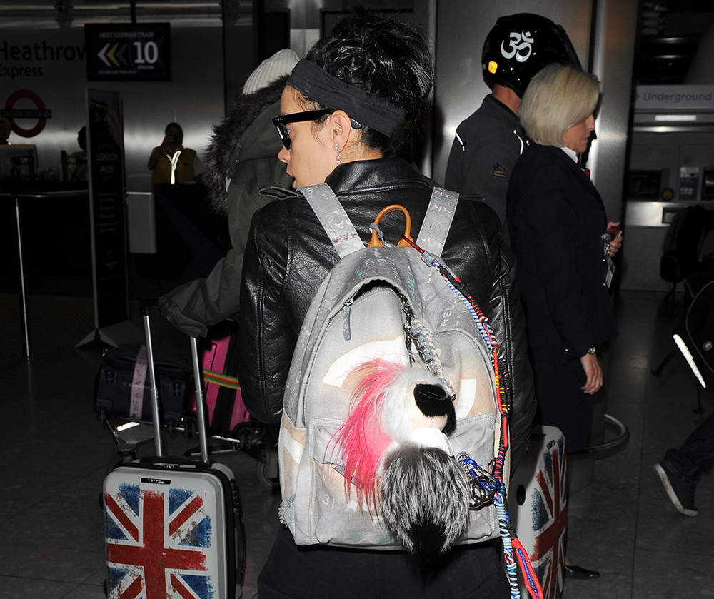 wpid Lily Allen Chanel Graffiti Backpack - Lily Allen Returns to London with Chanel's Graffiti Backpack