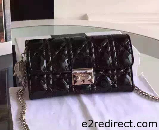 IMG 0288 cr - Miss Dior Rendez-Vous Chain Wallet 2016