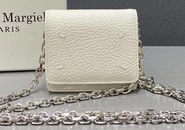 IMG 200224a 180 cr - Maison Margiela Leather Chain Wallet