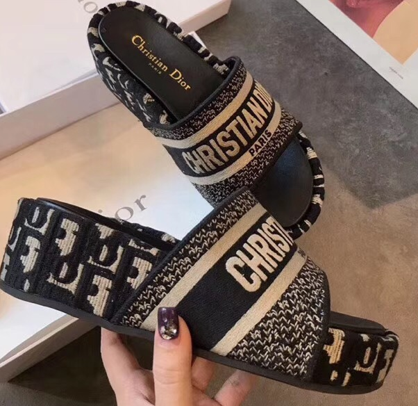 IMG 200421a 38 cr - Dior Heel 5.5cm Dway Slides Mules in Oblique Embroidered Cotton