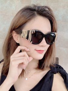 IMG 200619a 1132 225x300 - Balenciaga Crystal And Chain-bead Round Acetate Sunglasses 2020