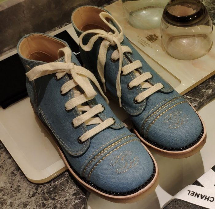 IMG 200721a 72 ccr 700x681 - Chanel Denim Lace-Ups G36002 2020