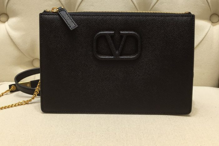 IMG 201014v 296 cr 700x469 - Valentino VSLING Grainy Calfskin Pouch Bag with Adjustable Strap 2020