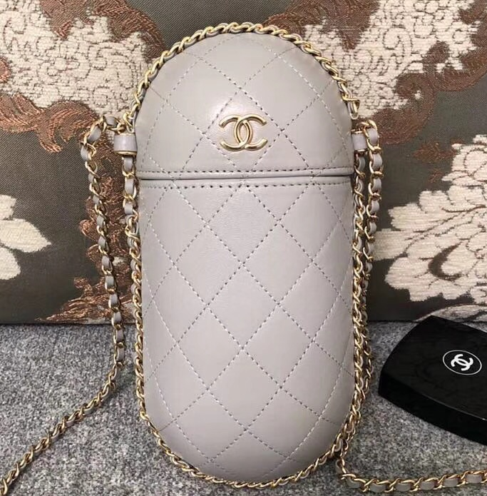 IMG 3100 cr 1 - Chanel Lambskin Clutch with Chain Bag A71403 2018