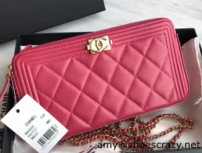 IMG 3244 cr 700x528 - Chanel Double Zipped Small Clutch Chain Bag A84069 2017