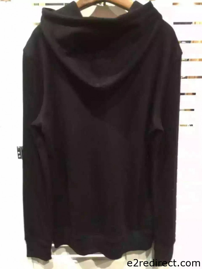 IMG 4002 700x933 - So Many Designer Clothes 2015 Sale