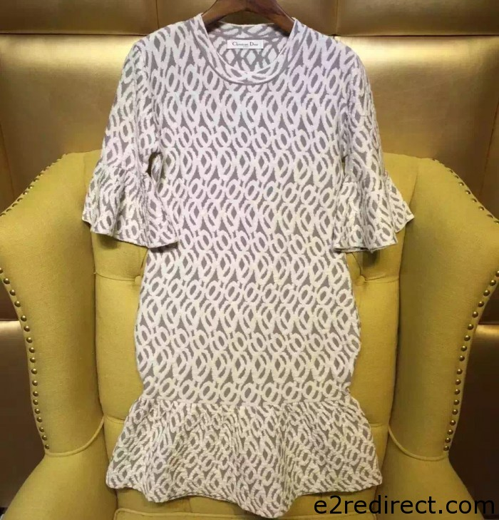 IMG 4030 cr 700x729 - So Many Designer Clothes 2015 Sale