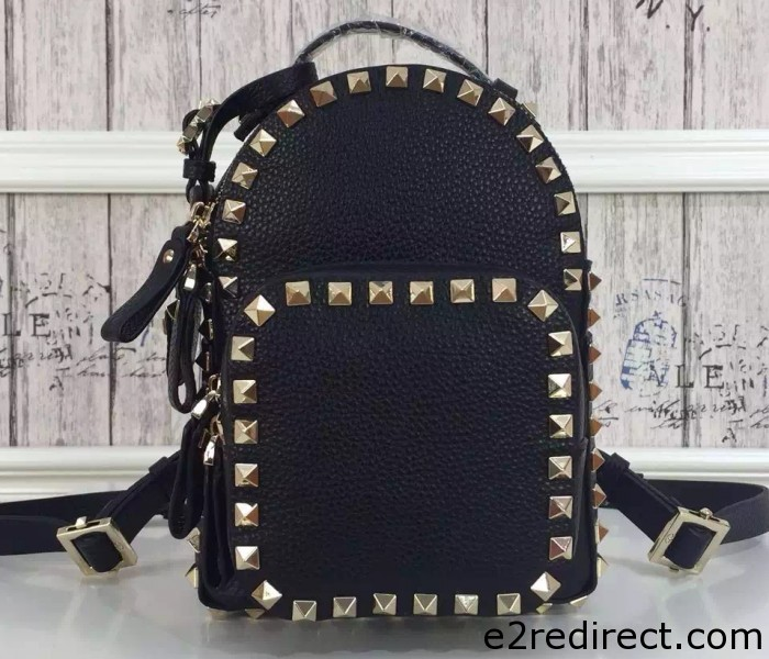 IMG 4158 cr 700x600 - Valentino Grained Leather Rockstud Backpack 2016