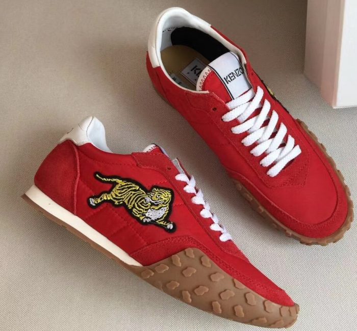 IMG 6969 cr 2 700x650 - Kenzo Vintage Tiger Move Lovers Sneakers 2018