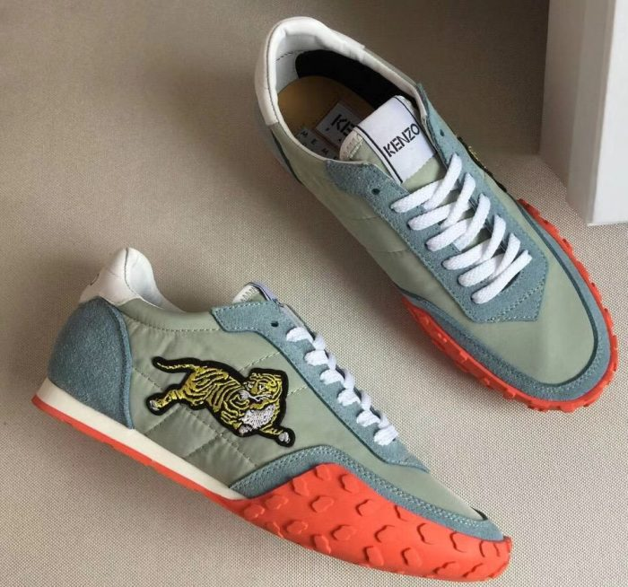 IMG 6987 cr 700x654 - Kenzo Vintage Tiger Move Lovers Sneakers 2018