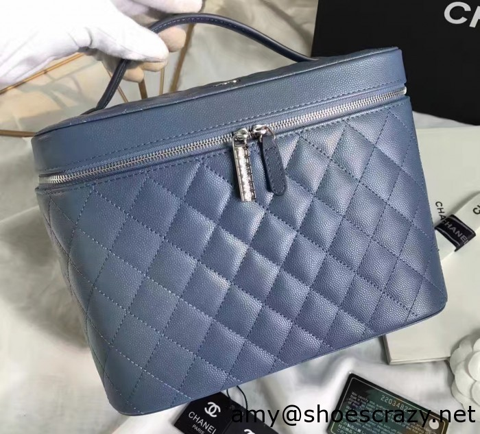IMG 7527 cr 700x633 - Chanel Grained Calfskin Vanity Case Pouch Bag A80913 2016