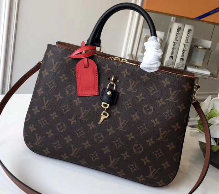 IMG 8747 cr 1 700x619 - Louis Vuitton Millefeuille Tote Bag 2018