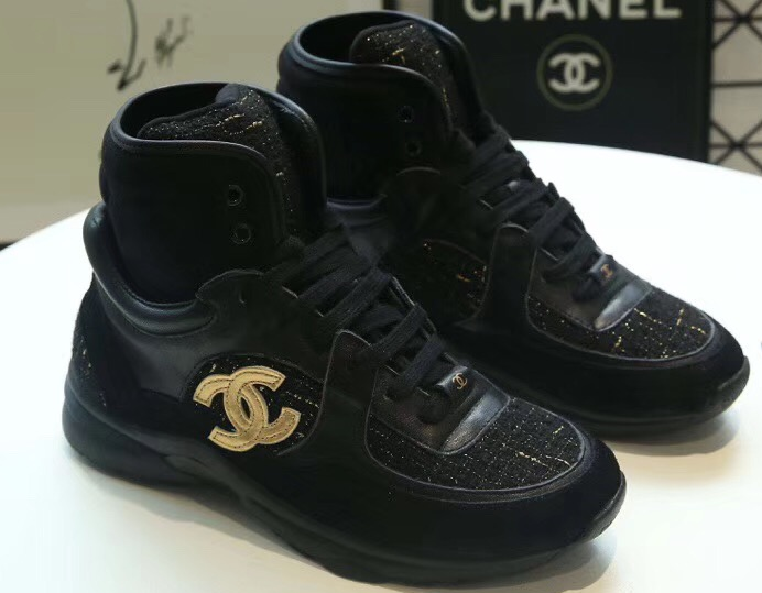 IMG 90626sc 29 cr - Chanel CC Logo High-top Sneakers G35060 2019