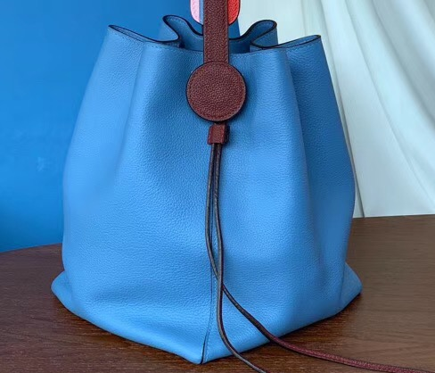 IMG 90628h2 28 cr - Hermes Licol 17 Bucket Bag In Evercolor Calfskin Bicolor Leather 2019