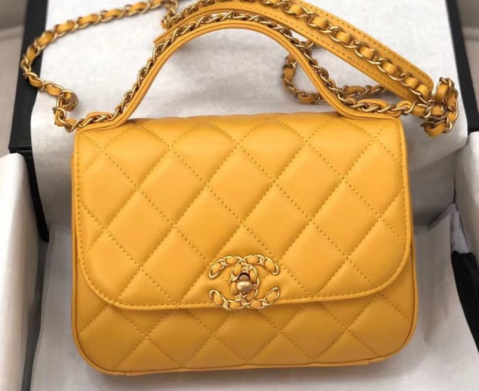 IMG 90822a 72 cr 700x572 - Chanel Chain Infinity Flap with Top Handle Small Bag 2019