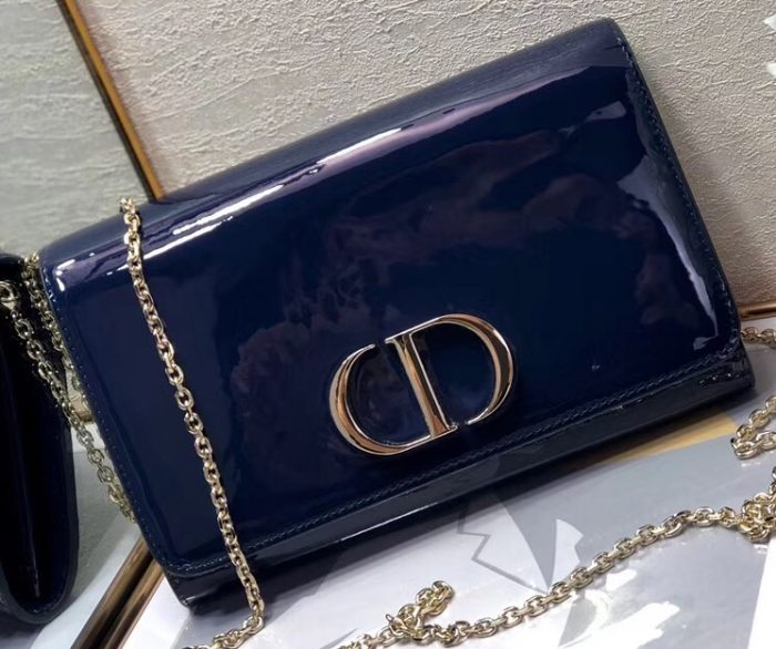 IMG 91223a 205 cr 700x586 - Dior 30 Montaigne Patent Calfskin Wallet on Chain Bag 2020