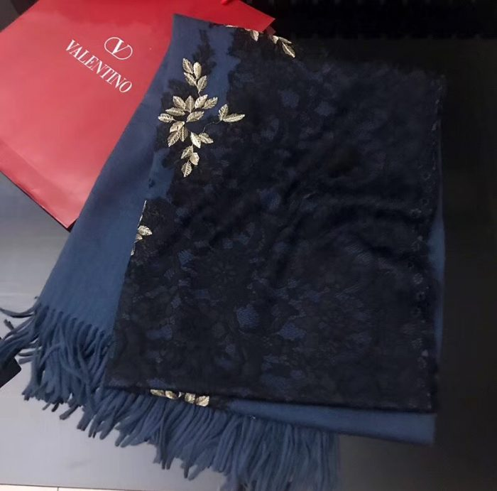 IMG 9806 cr 700x691 - Valentino Lace Cashmere Scarf 2018