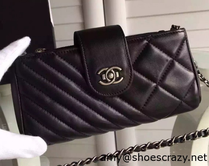 IMG 9899 cr 700x554 - Chanel Wallet Phone Bag With a Long Chain