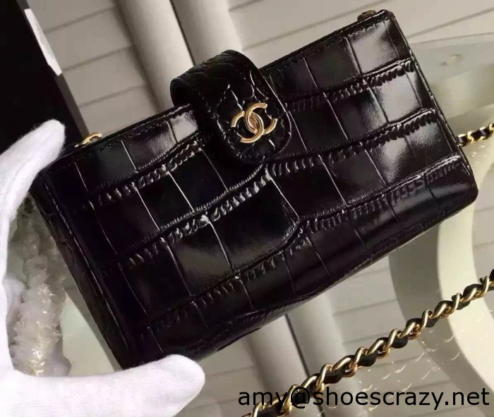 IMG 9940 cr1 700x592 - Chanel Wallet Phone Bag With a Long Chain
